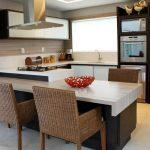 نمونه سقف کاذب مدرن آشپزخانه جزیره ای